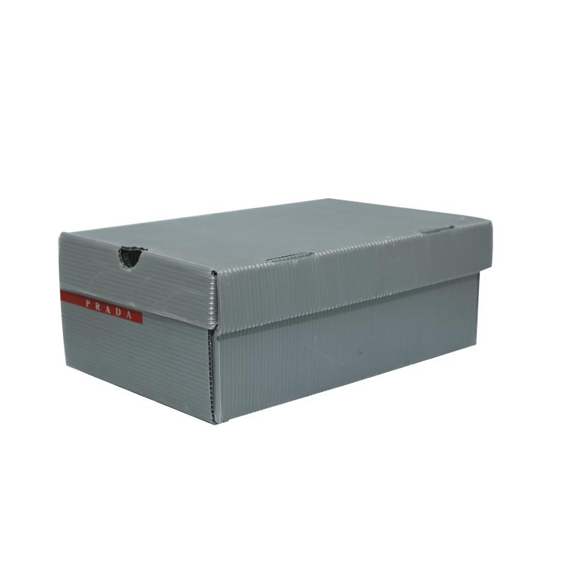 Les boîtes à chaussures en plastique ondulé contiennent une conception de couleur de taille personnalisée pour l'emballage ou la circulation